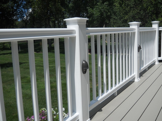 Low Maintenace Railing